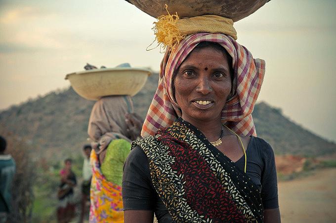 indiawoman.jpg