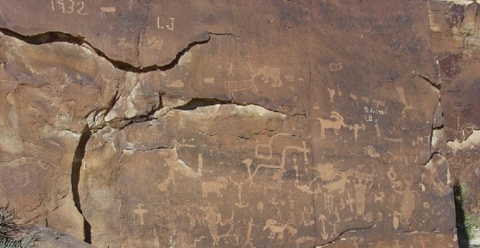 petroglyphs-500261_1280-nine-mile-canyon
